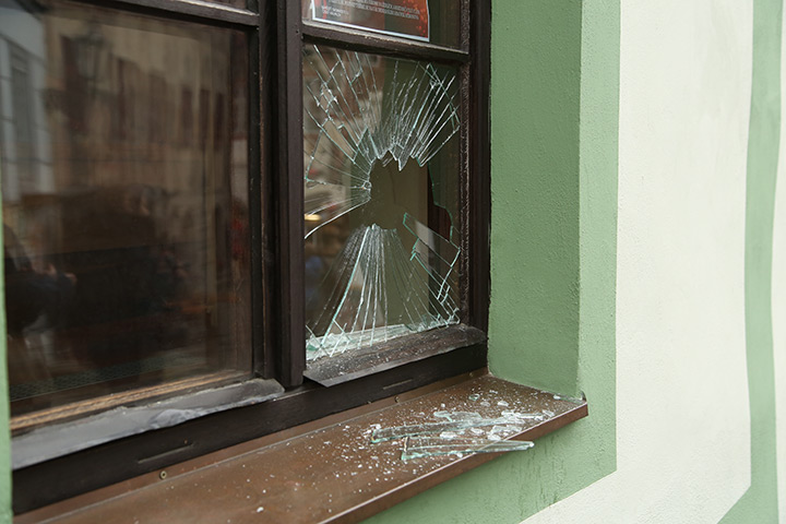 A2B Glass are able to board up broken windows while they are being repaired in City Of Westminster.